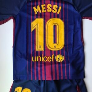 Other - NEW MESSI BARCELONA KIDS SIZE SOCCER HOME JERSEY